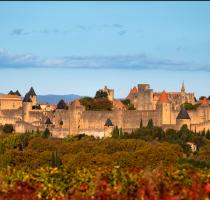 cité de carcassonne, forteresse médiévale au sud de la france
