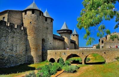 cité de carcassonne pont Levi, forteresse médiévale pont Levi