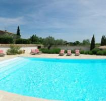 piscina en el sur de francia